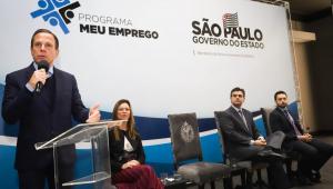 O governo de São Paulo lançou nesta terça-feira (4) o programa Meu Emprego, ofertando 130 mil vagas para diferentes cursos profissionalizantes