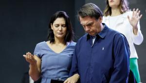 Michelle Bolsonaro e filhas testam negativo para Covid-19