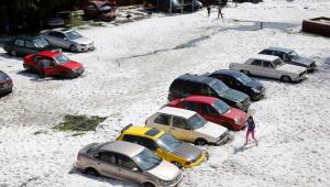 """Tempestade de granizo atinge cidade no México e cria """"cenário incrível"""""""