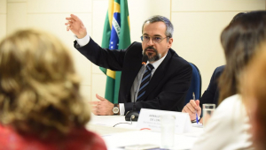 Tabata Amaral pede convocação de Weintraub à Câmara para esclarecimentos sobre Enem