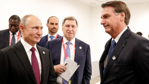Bolsonaro e Putin conversarão sobre a Bolívia durante cúpula do Brics