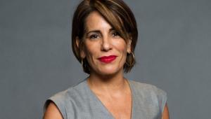 Após viralizar, Gloria Pires brinca no Twitter e esclarece que não é mãe de Fiuk