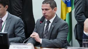 Marcelo Ramos cobra do governo MP que garante pagamento de benefícios em caso de suspensão de contratos