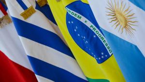 Com 7 ministros, Bolsonaro chega à Cúpula do Mercosul no RS
