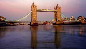 Rio Tâmisa em Londres