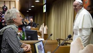 Papa Francisco escolher brasileira para ser vice-porta-voz