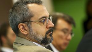 Após 'esvaziamento' no MEC, Weintraub pode deixar o cargo