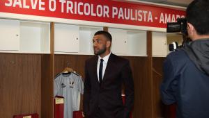SPFC temeu não fechar com Dani Alves após proposta do Fla, diz dirigente