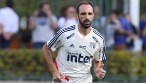 Juanfran defende Arboleda e relembra relação com Luxemburgo nos tempos de Real Madrid