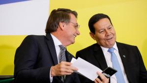 Mourão diz que assessores de Bolsonaro tentam distorcer fatos sobre suas ações
