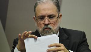 Em petição, Aras diz que determinação de Toffoli é desproporcional