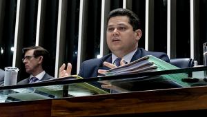 Marco Legal do Saneamento será discutido em 2020 no Senado, diz Alcolumbre