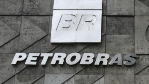 Petrobras pede desculpas a funcionários investigados por suspeita de corrupção