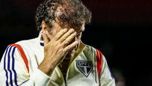 Cuca explica pedido de demissão: 'Fui xingado'
