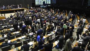 Congresso ignora tensão no PSL e retoma Previdência