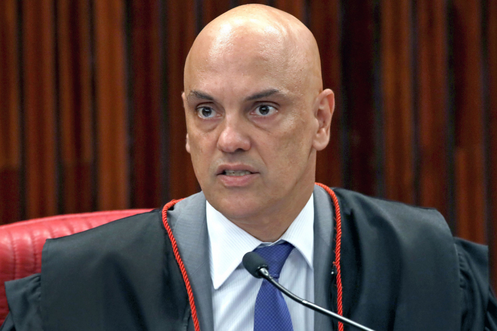 Facebook diz que vai recorrer ao STF contra decisão de Moraes sobre bolsonaristas