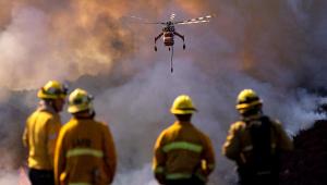 Incêndio atinge Los Angeles