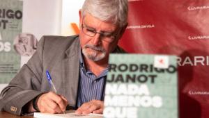 Rodrigo Janot lança livro em SP