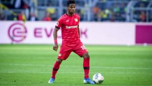 Bayer Leverkusen renova contrato de lateral brasileiro até 2022
