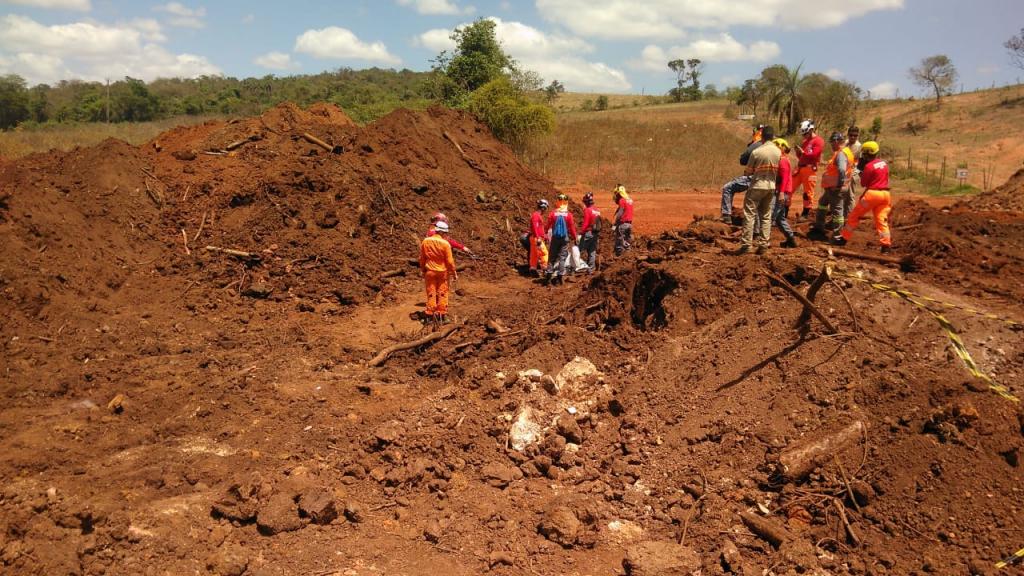 Polícia identifica mais uma vítima do desastre em Brumadinho - Jovem Pan