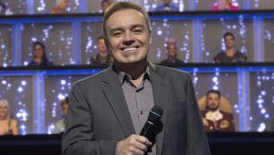 Gugu estreou na TV em 81; relembre a carreira do apresentador