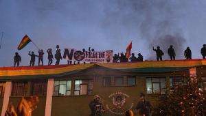 Com poder vazio e conflitos, sobe para 4 o número de mortos na Bolívia