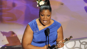 Vencedora do Oscar processa a Netflix por discriminação racial