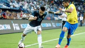 Thiago Silva critica atitude de Messi com Tite: 'Educação deve vir primeiro'