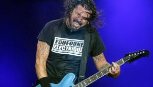 Dave Grohl diz que novo disco do Foo Fighters será 'estranho'