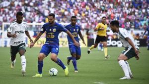 Palmeiras só empata com Bahia e título brasileiro fica mais distante