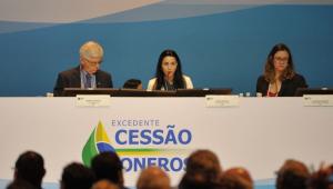 Vera: Leilão do pré-sal foi 'balde de água fria' e pode impactar pacote de reformas