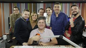 'Ninguém Tá Olhando': Diretor e elenco de série brasileira da Netflix dão detalhes da produção