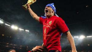 David Villa comemorando título da Espanha