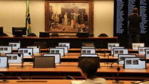 Deputados querem obstruir votações até que PEC da 2ª instância seja aprovada