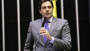 Orleans e Bragança sai em defesa de Bolsonaro: 'Não citou Mourão em nenhum momento'