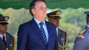 Bolsonaro retirou lesões causadas por exposição ao sol, diz Planalto