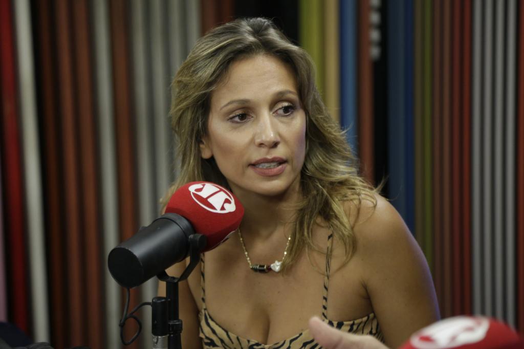 Luisa Mell oferece advogado para mãe de menino que morreu no Recife – Jovem Pan