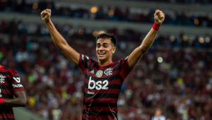 Barcelona não está disposto a pagar valor pedido pelo Flamengo por Renier, diz jornal