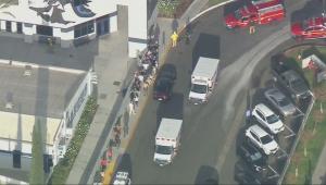 Sobe para dois o número de mortos em tiroteio em escola de Los Angeles