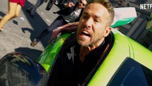 'Esquadrão 6': Ryan Reynolds provoca caos na Itália em novo trailer; confira