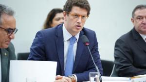 Conselho criado por Bolsonaro vai coordenar ações dos ministérios na Amazônia, diz Salles