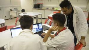 Sem orientações sobre exames, MEC publica diretrizes para ensino na pandemia