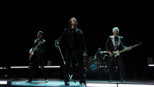 'Ahimsa': U2 lança single com participação de músico indiano; ouça