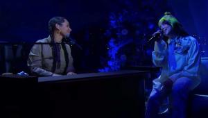 Alicia Keys e Billie Eilish fazem versão de 'Ocean Eyes' na TV americana; assista