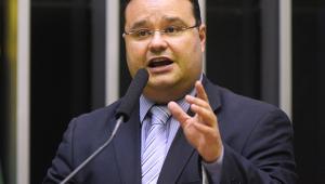 Moro está contaminando debate sobre quarentena para juízes, diz autor da proposta