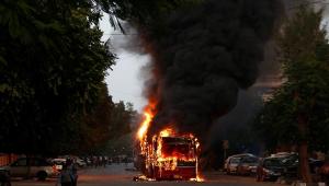 Índia: violência eclode protesto contra lei de cidadania em Nova Délhi