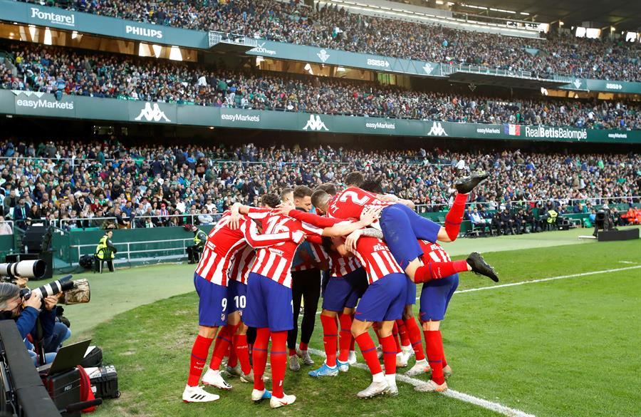 Atlético de Madrid derrota o Betis fora e entra no G4 do Espanhol ...