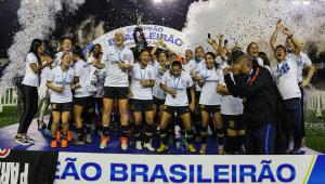 Representantes do futebol feminino pedem igualdade com relação ao masculino; CBF pede calma