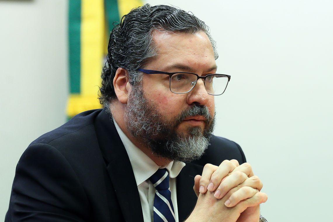 O ministro das Relações Exteriores; Ernesto Araújo