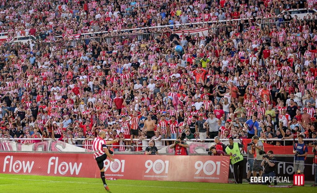 Mascherano é apresentado como reforço do Estudiantes com estádio lotado | Jovem Pan
